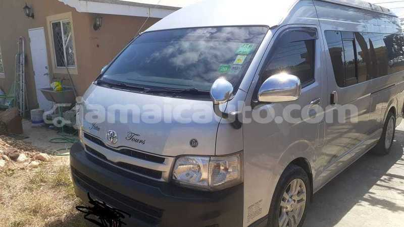 Big with watermark toyota hiace trelawney falmouth 2872