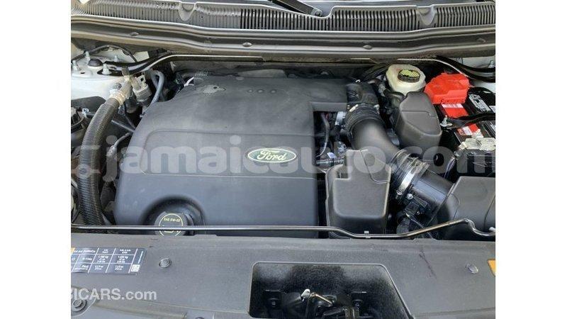 Big with watermark ford explorer clarendon import dubai 3133