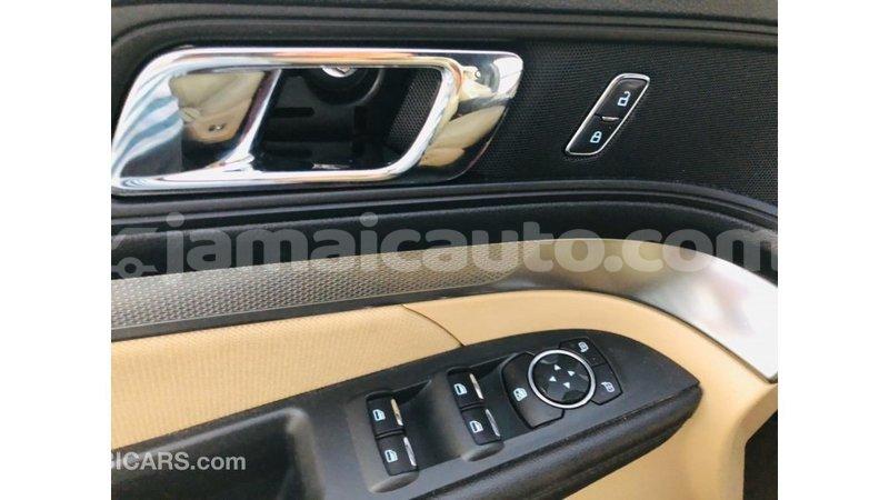 Big with watermark ford explorer clarendon import dubai 3300