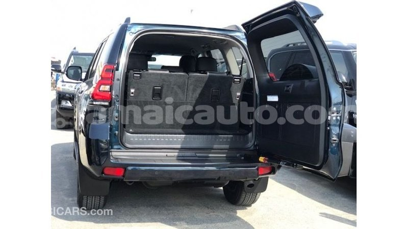 Big with watermark toyota prado clarendon import dubai 3367