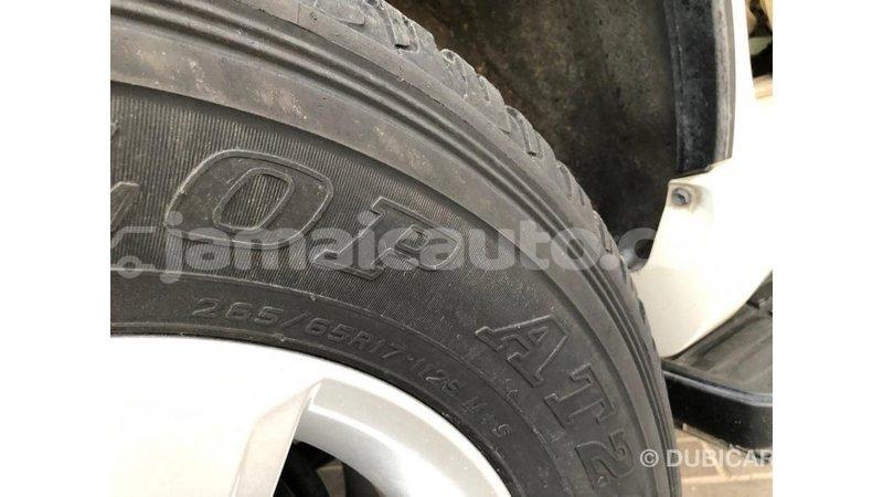 Big with watermark toyota prado clarendon import dubai 3574