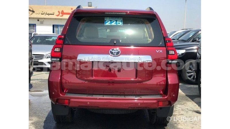 Big with watermark toyota prado clarendon import dubai 3685